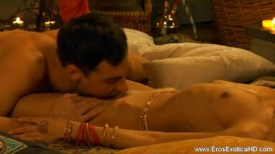 Erotic Indian Couple Know How To Make Love